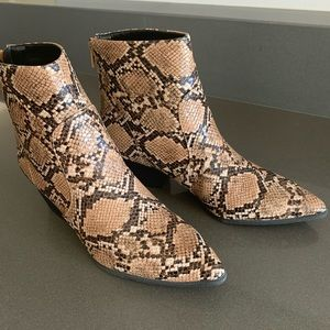 New Snake Print Booties ~ Cute Fall/Winter Fashion